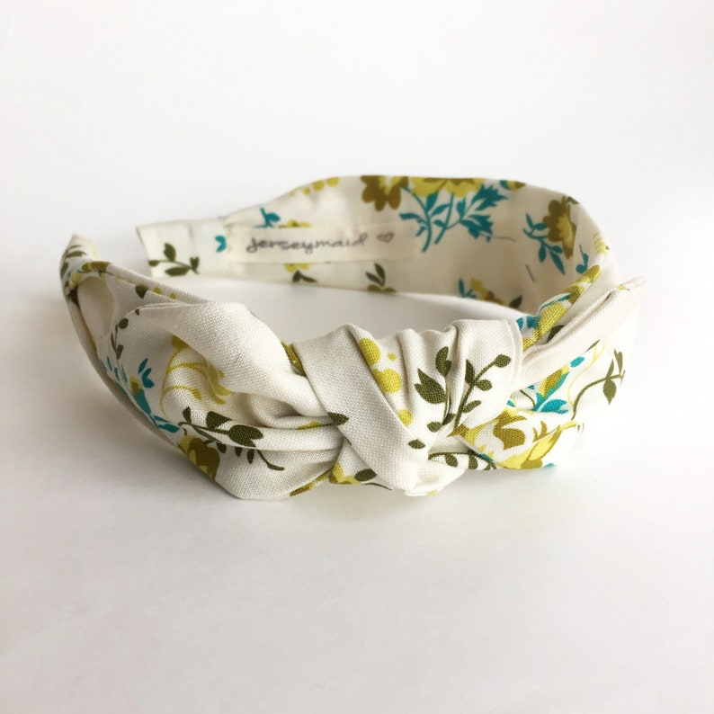 a0e438d1897e Cute bow Headbands for women narrow side knot headband