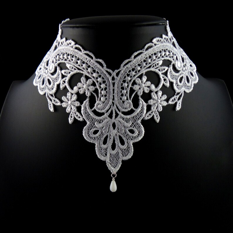 Necklaces & Pendants Trustful Wedding Ladies Choker Necklace Beautifully Hand Made With Lace And Crochet Fashion Jewelry
