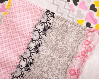 Flannel Baby Gift Set with Rag Quilt and Receiving Blankets