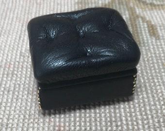 Pat Tyler Dollhouse Miniature Leather Stool Ottoman Seat Black P1023