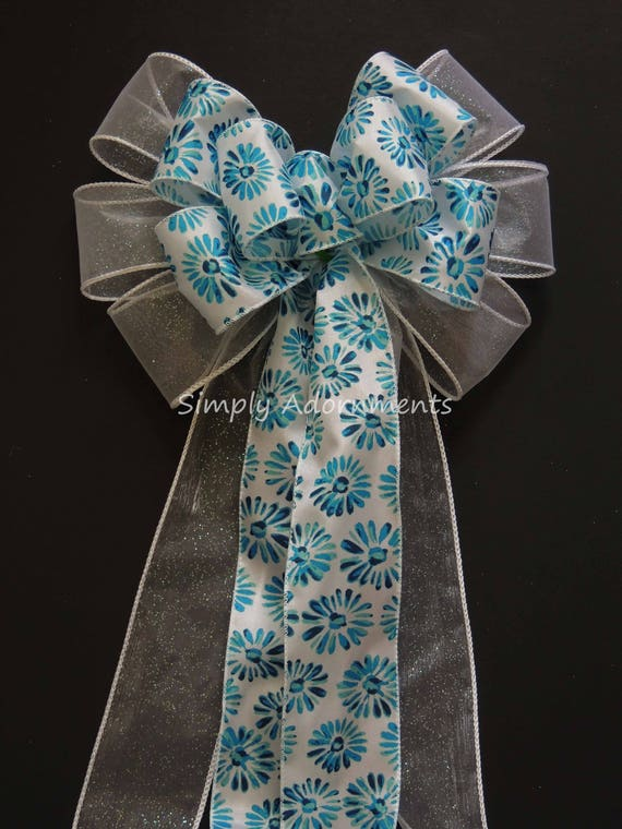 White Blue Floral Wreath Bow Blue Spring Flowers Door Hanger Bow Turquoise Flowers Birthday Party Decor Blue Flowers Mother's Day Gifts Bow