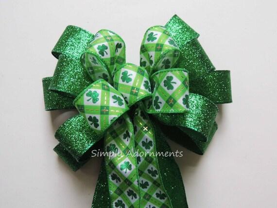 Shamrock Emerald Green Dot St Patricks Day Wreath Day