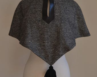1950's Wool Tasselled Cape