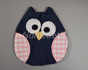 Owl cherry pillow