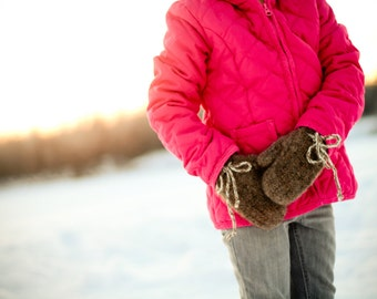 Basic felted mitten crochet pattern - childrens sizes