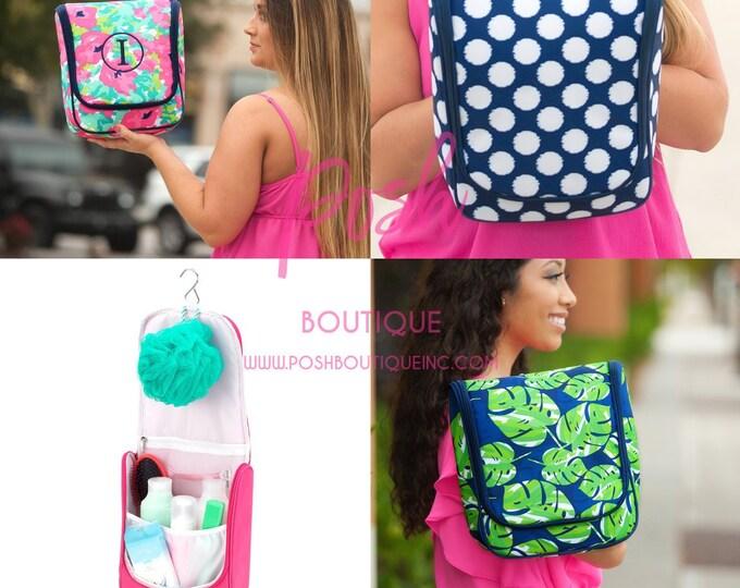 Monogrammed Hanging Travel Case, Hanging Toiletry Kit, Hanging Travel Bag, Toiletry Bag, Shower Caddy, Gifts for Graduate, Dorm Life