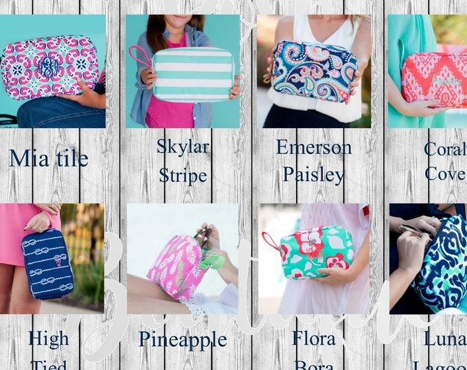 Monogrammed Clutch, Monogram Cosmetic Bag, Bridesmaid Gifts, Graduation Gifts, Makeup Bag, Cosmetic Bag, Women's makeup bag