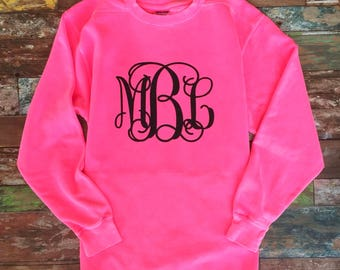 Monogrammed Sweatshirts, Monogram Sweatshirt, Monogram Pullover, Monogram sweater, Glitter Monogram, Mother Daughter Sweatshirts, Christmas