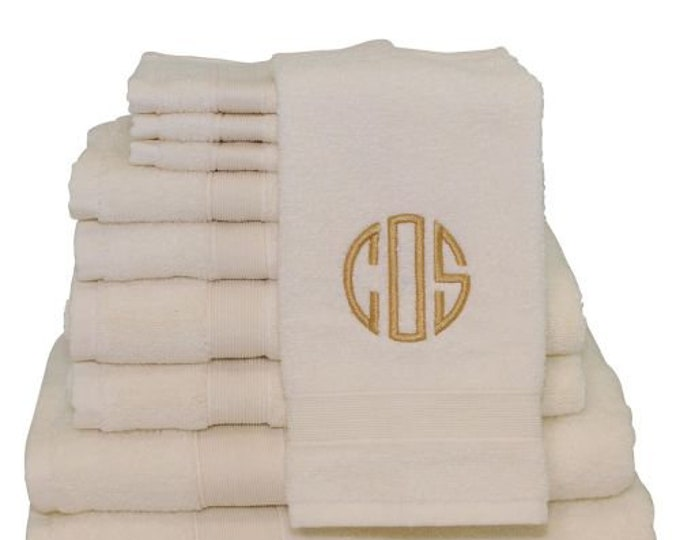 Monogram Hand Towel Set, Personalized Hand Towels, Housewarming Gifts, Monogrammed Gifts, Wedding Gifts, Graduation Gifts