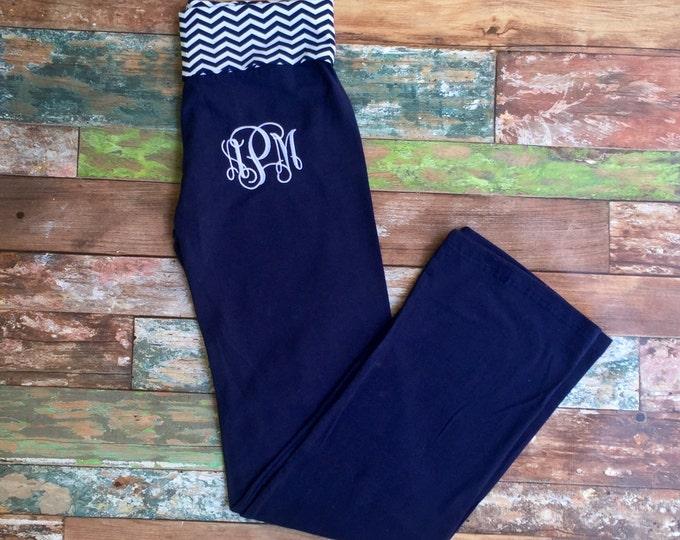 Monogrammed Yoga Pant, Yoga Pants, Chevron Yoga Pants, Monogrammed gifts, Bridesmaid gifts, Practice Pants, Personalized, Monogram gym pants
