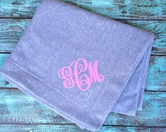 Monogrammed blankets, Stadium Blanket, Christmas gifts, Monogrammed gifts, Personalized gifts, Outdoor Wedding, Bridesmaid gifts