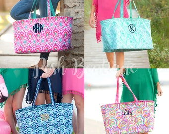 Monogrammed Tote Bag, Beach Bag, Seersucker Ultimate Tote, Picnic Basket, Game Days, Field Trips, Vacation, Carry All Bag
