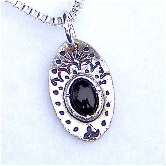 100/% Natural Black Onyx Pendant in 925 Sterling Silver Onyx Pendant 20X21 mm Gemstone Pendant