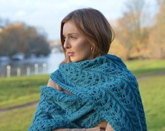 KNITTING PATTERN Kinvara Shawl Wrap Improving Beginner Chunky Wrap Knitting Pattern Digital File Instant Download