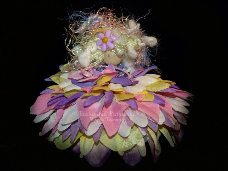 Lilac the Flower Petal Faerie Fairy OOAK image 0
