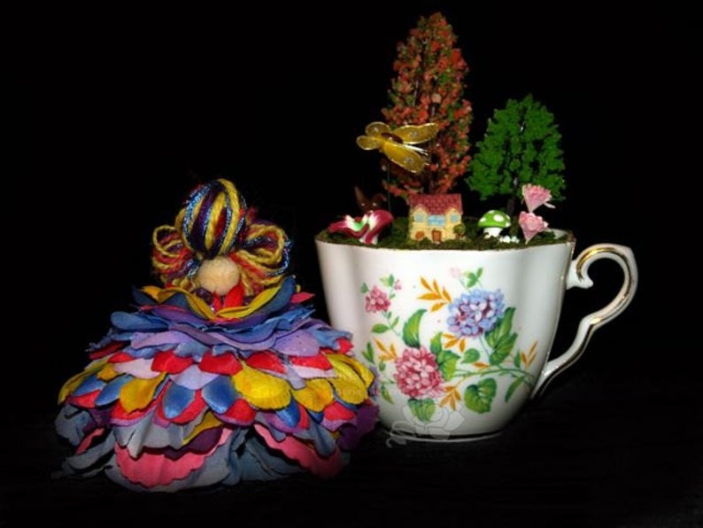 Faerie Clare and her Teacup Nursery Fairy OOAK image 0