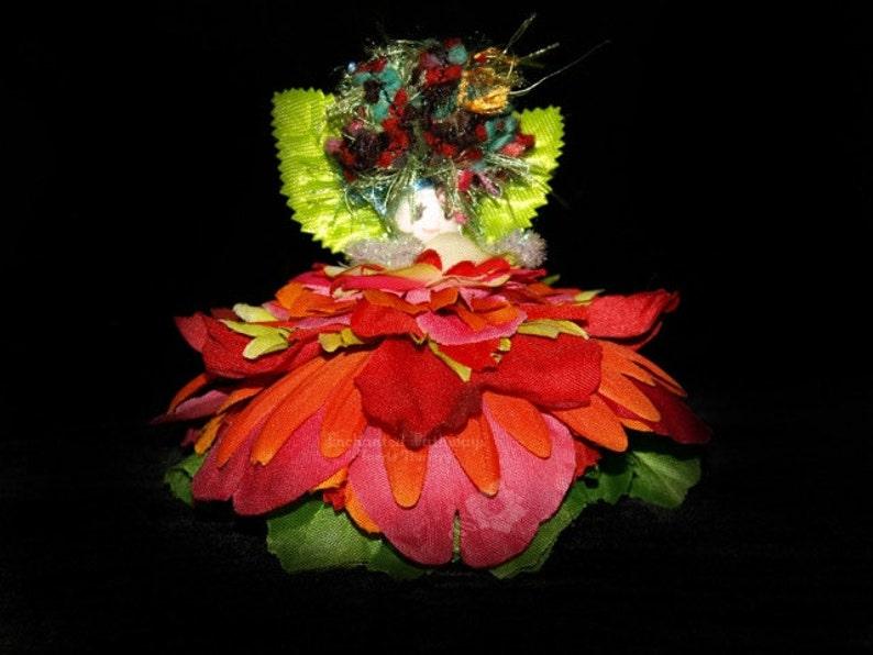 Wren the Flower Petal Faerie Fairy OOAK image 0