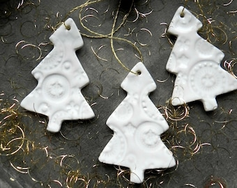 White Christmas Tree Ornaments,  Lace Ceramic Home Decoration, Pottery Gift, X-mas Gift, Modern Christmas Decor, 3 White Ceramic Ornaments