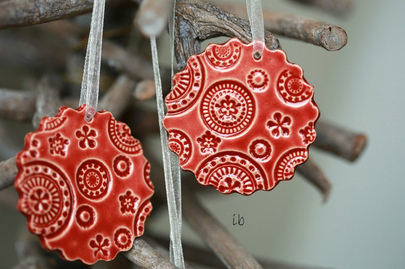 Red Lace Ceramic Ornament 3 Christmas Ornaments Red Scallop Home Decor Gift Red Christmas Gift Lace Pottery Red Christmas Tree Ornament