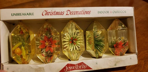 Vintage Jewelbrite Christmas Ornaments Decor Specialties Original Packaging  Christmas Tree Poinsettia Holly Berries Whitman, MA Set of Five