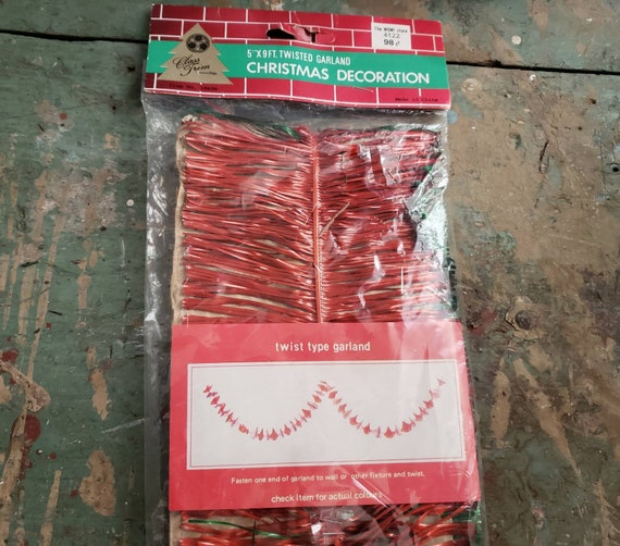 Vintage Red and Green Twist Style Christmas Garland Original Packaging 9 Ft