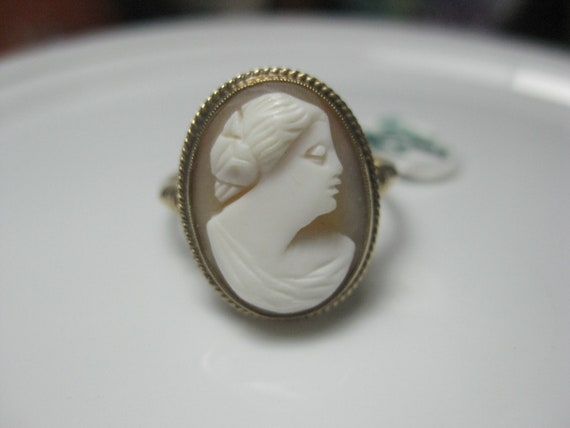 Vintage 14kt Cameo Ring, Victorian, 1800's to early 1900's, Sz. 9