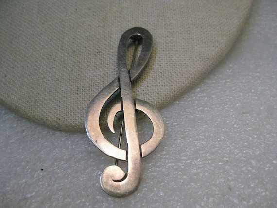 "Vintage Sterling Treble Clef Brooch, Mexico, 1960's-1970's, 2-5/8"" tall, 9.23 gr."