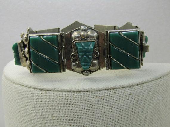 "Vintage Taxco Carved Chrysoprase Bracelet, 7.25"""
