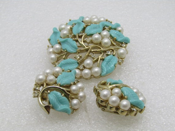 Vintage Crown Trifari Brooch Earrings Set, Turquoise Leaves, Faux Pearls, Rhinestones, Clip Earrings, 1950's-1960's