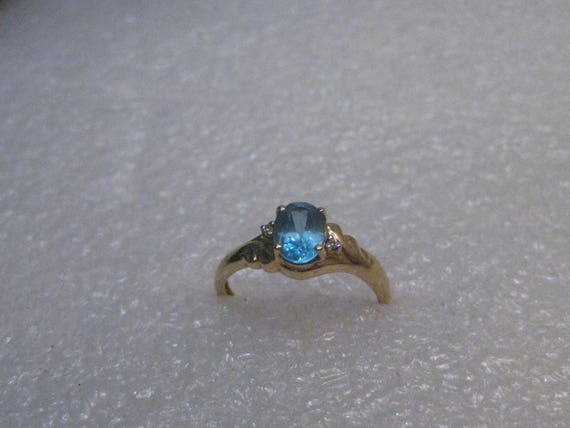 Vintage 14kt Gold Blue Topaz and Diamond  Ring,  .95 ctw, sz. 6.5 1.87 gr, signed FSX