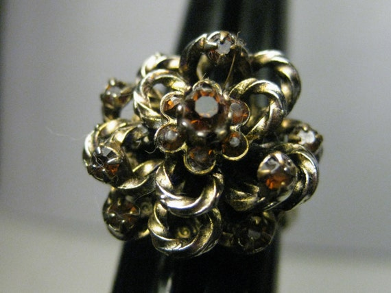 Vintage Goldtone Victorian Themed  Adjustable Looped Ring with Amber Rhinestone Accebts, Domed Ring, Adjustable to sz. 9