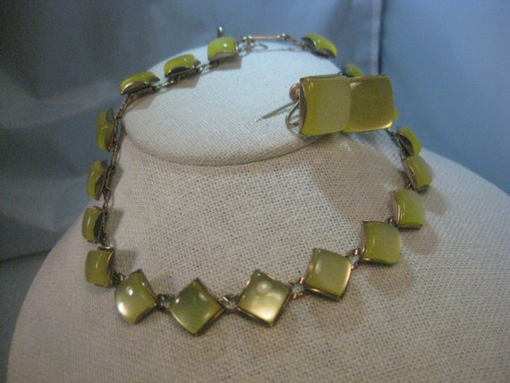 Vintage 1950's  Demi Parure Square Yellow Moonglow Choker/Necklace, Earrings, Bracelet Set, Art Deco Stamped Chain