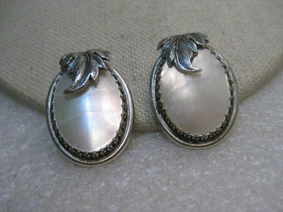 """Whiting & Davis MOP Clip Earrings, Silver Tone, Leaf Accent, 1.5"""", 1960's"""