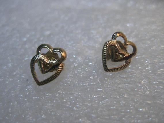 """14kt Gold Heart Pierced Earrings, Interlocked, 3/4"""", .60 grams, signed D"""