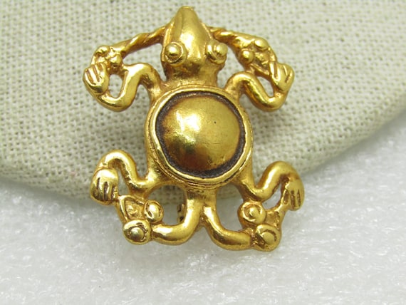 "Vintage Frog Alva Museum Replicas Brooch, 1.5"" by 1.25"", Domed Back"