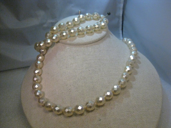 "Vintage Joan River's Multi-Pastel Faux Pearl 28"" Necklace, Lobster Clasp, Ext. Chain"