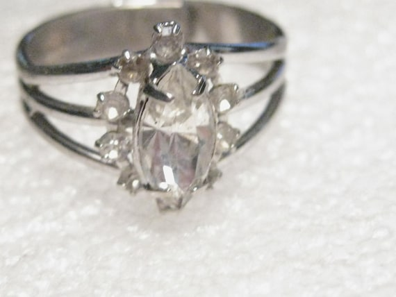 Vintage Silvertone Marquis Clear Stone & Accent Stones, Triple Wide-Band Ring, adjustable