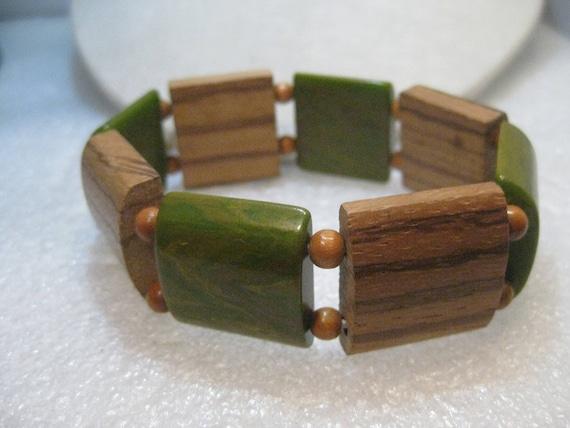 """Vintage Green Bakelite & Teak Bracelet, End-of-Day Stretchy, 8"""", Tiles, 1"""" wide"""