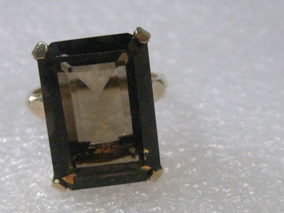 Vintage 10kt Yellow Gold Smokey Quartz Ring, 11.5 ctw, sz. 8.5, 6.2 gr.