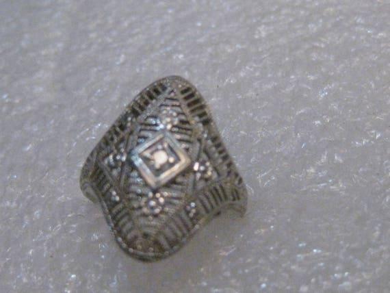 "Vintage Art Deco 14kt Filigree Diamond Ring, Size 5, 1.91 grams.  3/4"" long, Single 1.5mm Diamond"