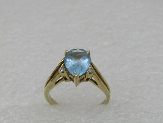Vintage 10KT Dason Blue Topaz Diamond Ring, Sz. 7. Appx. 2.5TCW