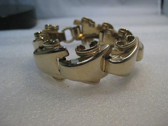 "Vintage Gold Wide Wave Link Bracelet, 8"", nearly 1"" wide, 1960's, Runway/Bold"