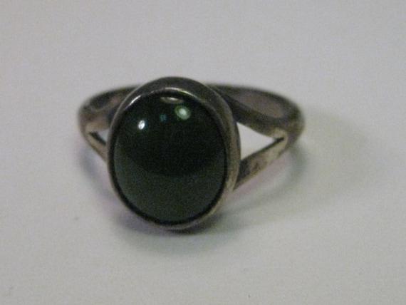 Vintage Sterling Silver Oval Jade Ring, sz. 6.75, 1970's, Southwest to Modern Design