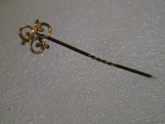 "Vintage Victorian/Edwardian 10kt Gold Moonstone Stick Pin or Jabot, Twist in Center, 2"" - .88 grams"
