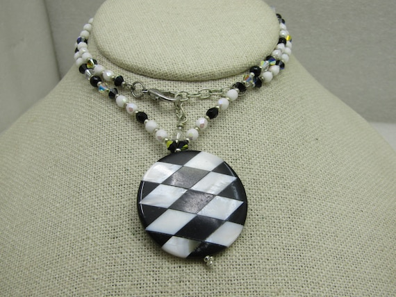 "Vintage Mother-of-Pearl & Black Onyx Inlaid Mosaic Necklace, 20"" Beaded Chain."