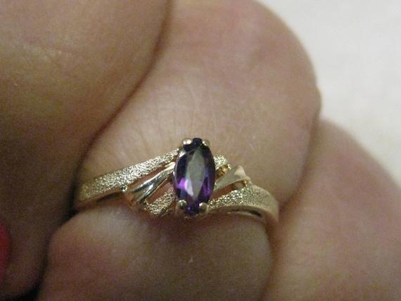 Vintage 14kt Gold Marquis Amethyst Ring, sz. 5.5, Signed ROR, 1.42 gr