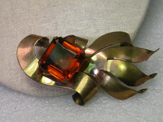 """True Vintage Abstract Gold Tone Brooch with 1"""" Step Cut Deep Orange Cut Stone, 3.5"""" -  1930s, 1940s - Runway"""