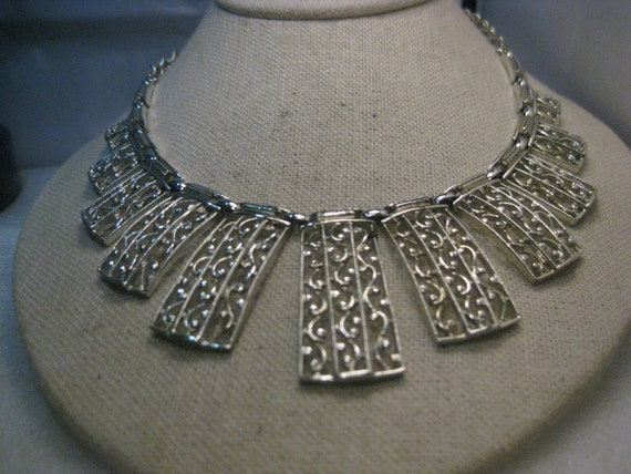 Vintage Sarah Coventry Bib Necklace, 1970's, Silver Tone, 17""