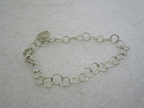 "Vintage Sterling Silver Round Link Bracelet, Heart Charm,  5.5"", Youth"