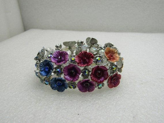 "Kirk's Folly Rainbow Floral Stretch Bracelet, Crystals, Silver Tone, 6""-7.5"""